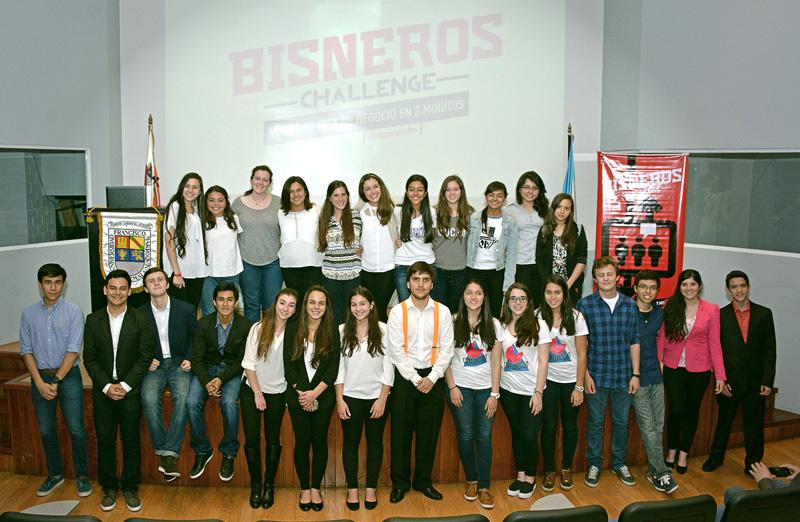Vista de los participantes en la final de Bisneros Challenge en el Auditorium Milton Friedman.