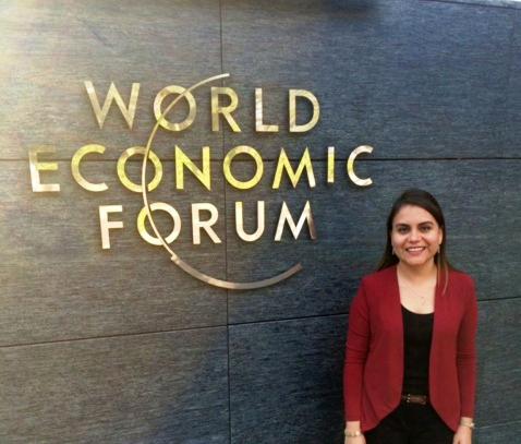 Adriana Castellanos, Global Shaper en el Foro Económico Mundial.