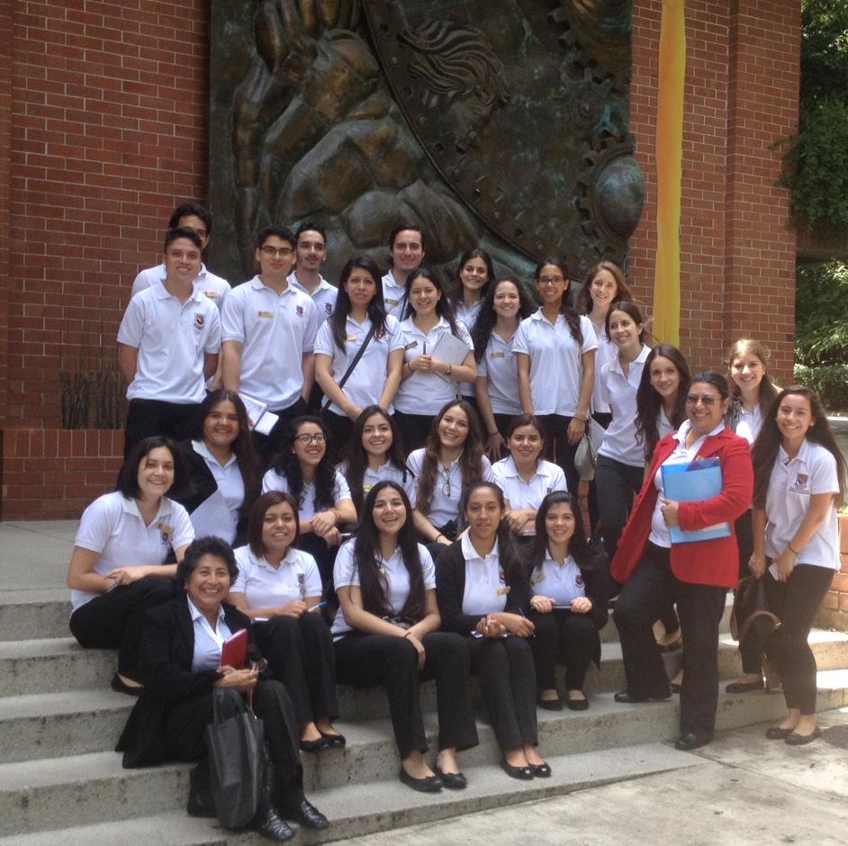 Estudiantes de hotelería visitan UFM
