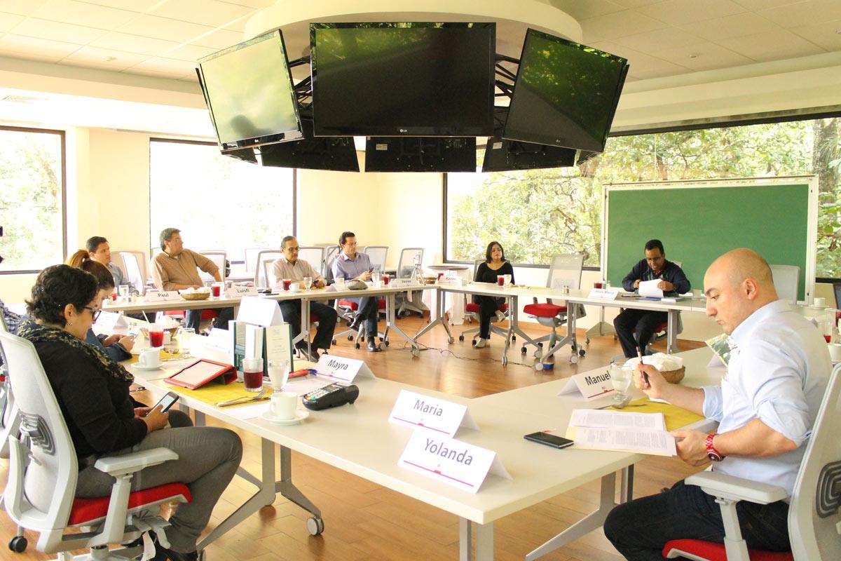 Vista de los participantes durante el seminario.
