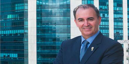 Luis Zelaya en The Lawyer Magazine